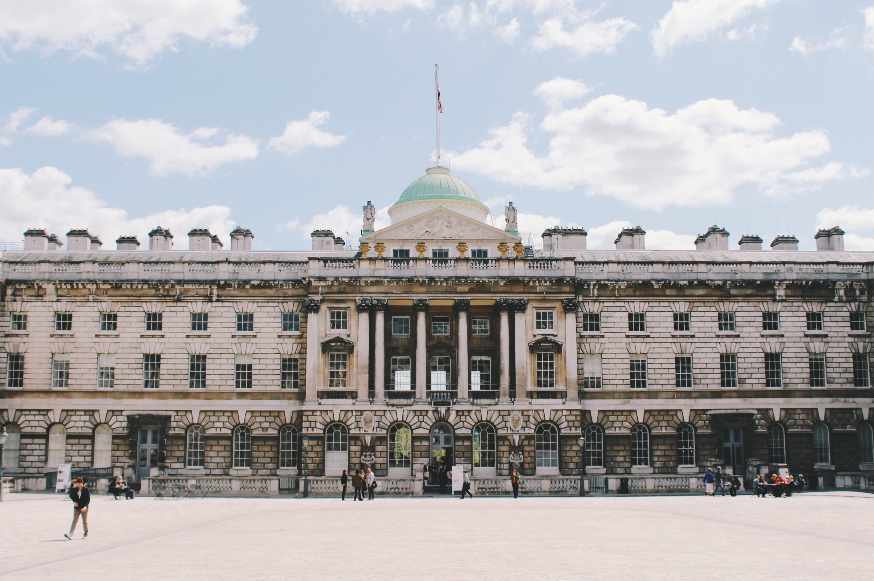 6 Easy Ways To Save In London The Guidebook Isango