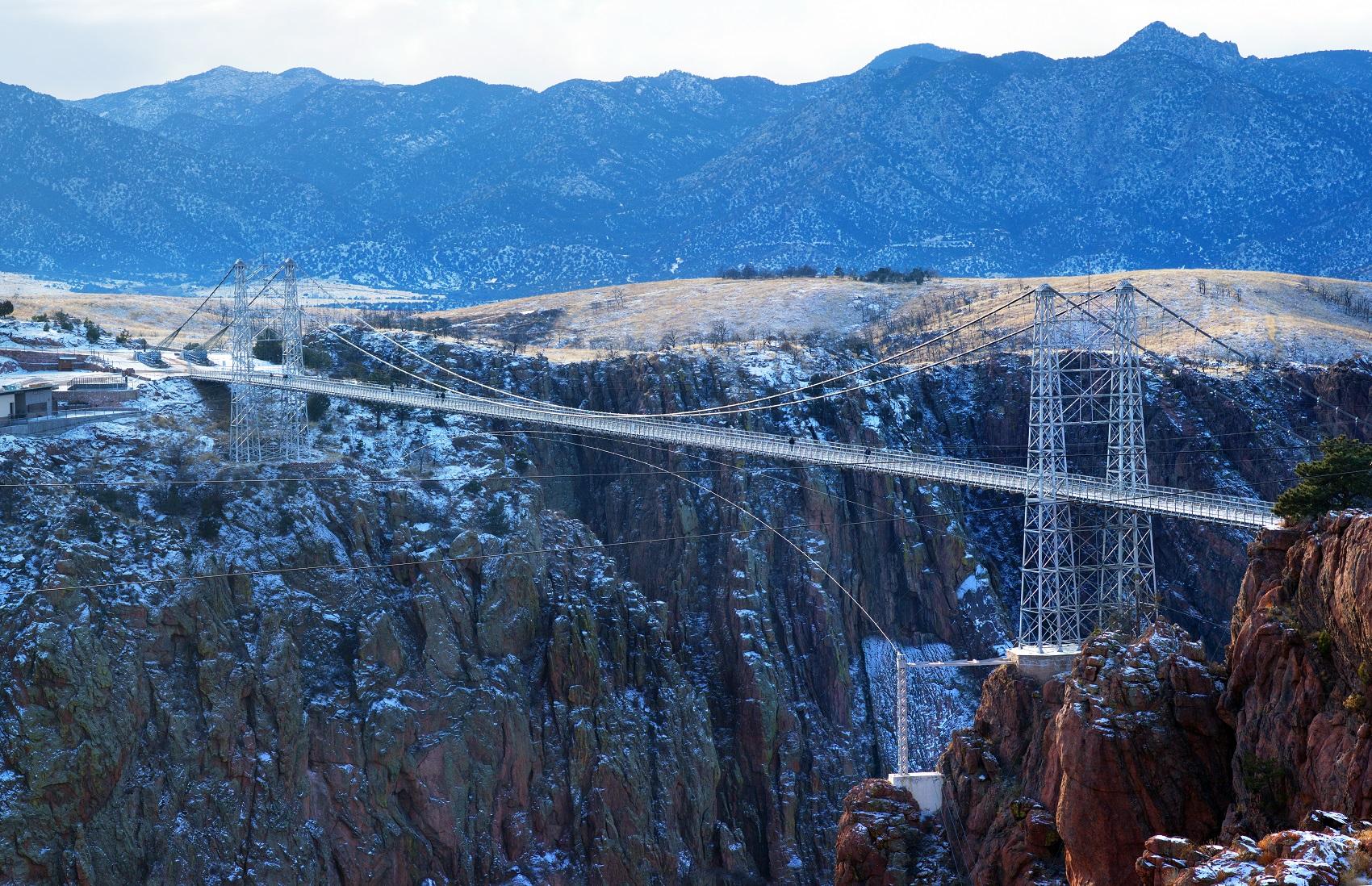 crazy-bungee-royal-gorge-bridge