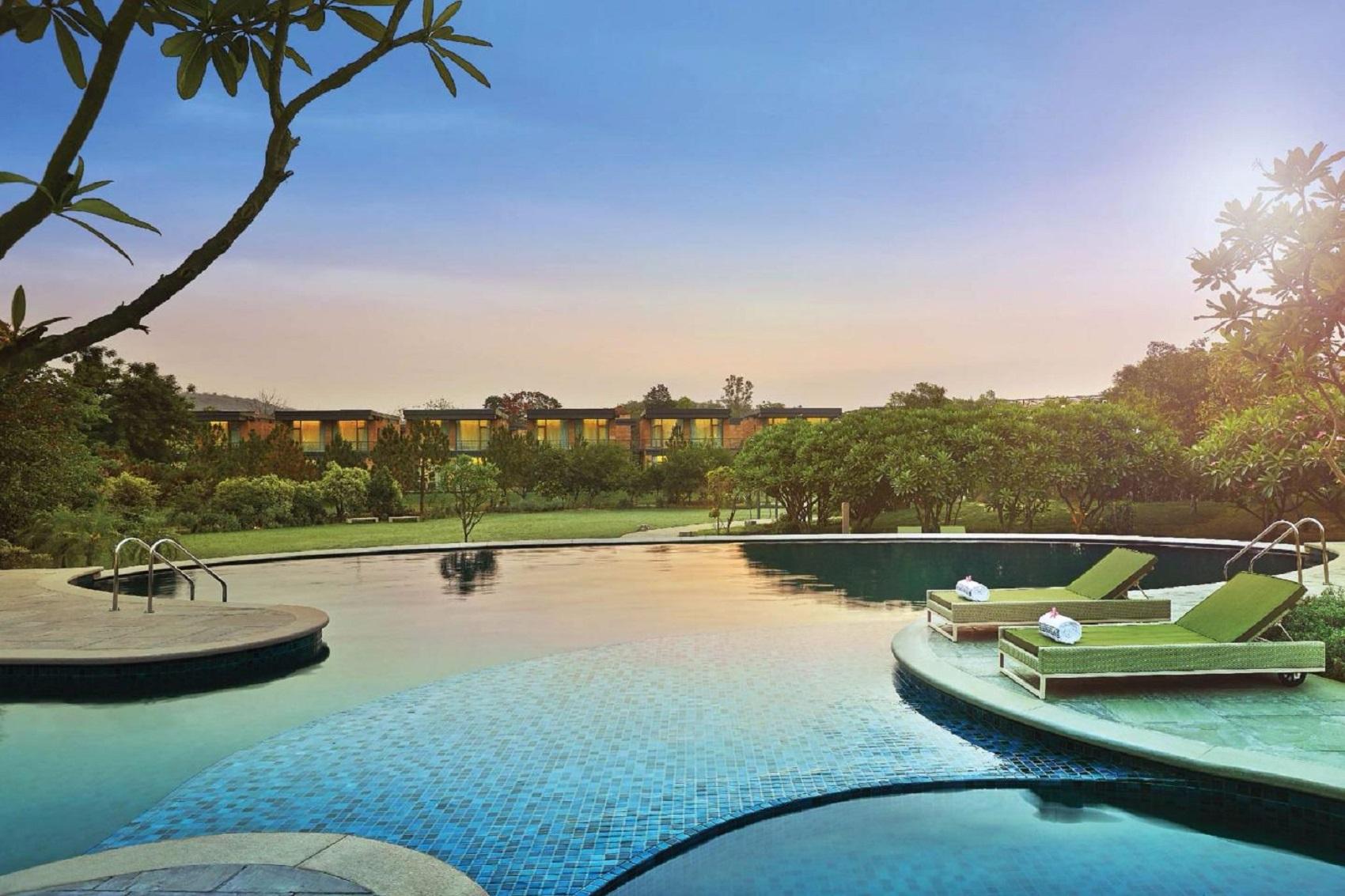 gateway-resort-isango-offsite