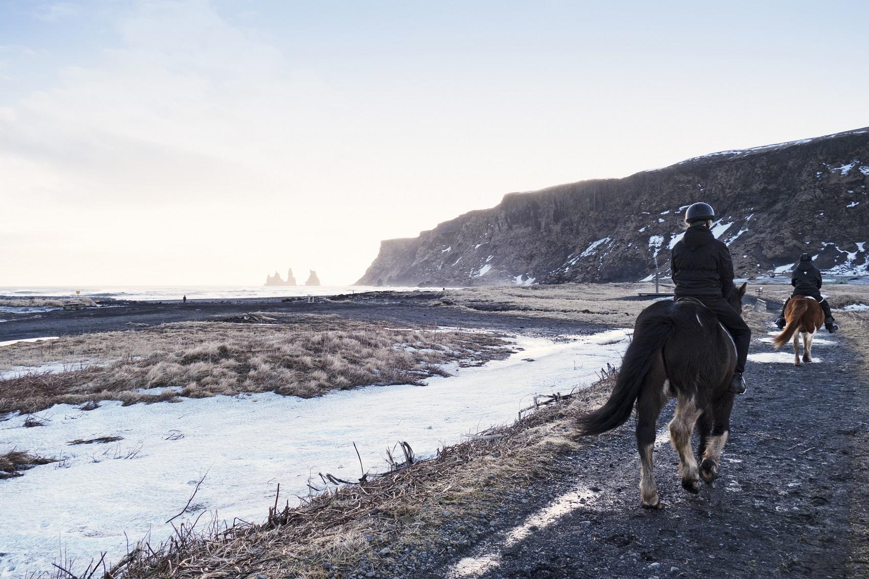 horse-riding-iceland-travel-goals
