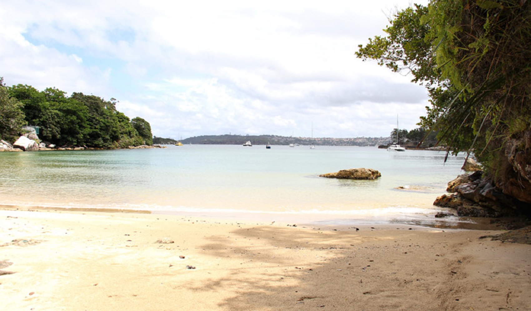 Collins Flat Beach, Sydney Harbour National Park manly tourism