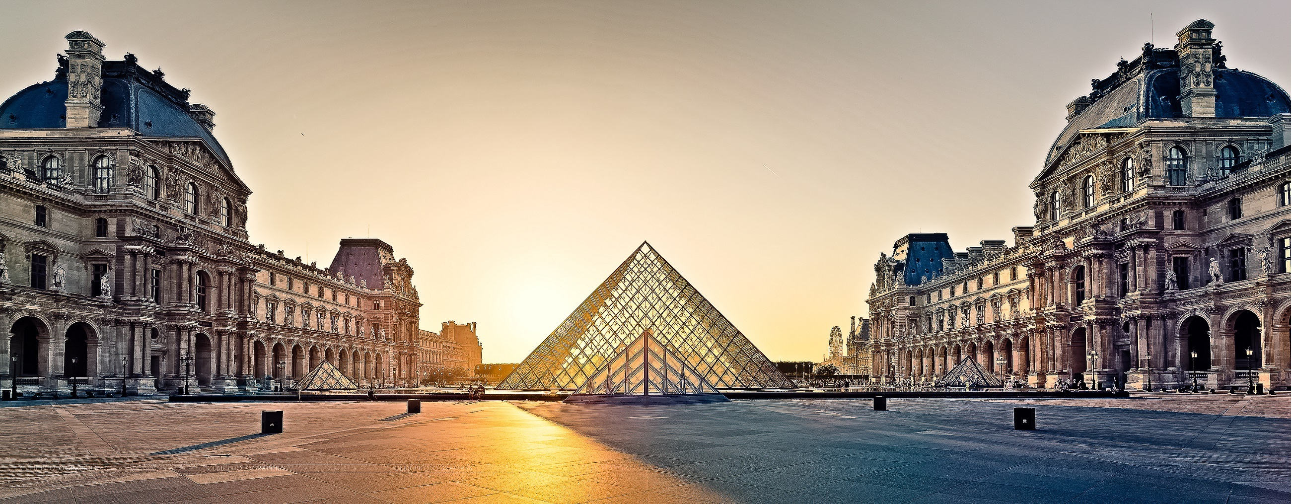 The Louvre, Paris must see