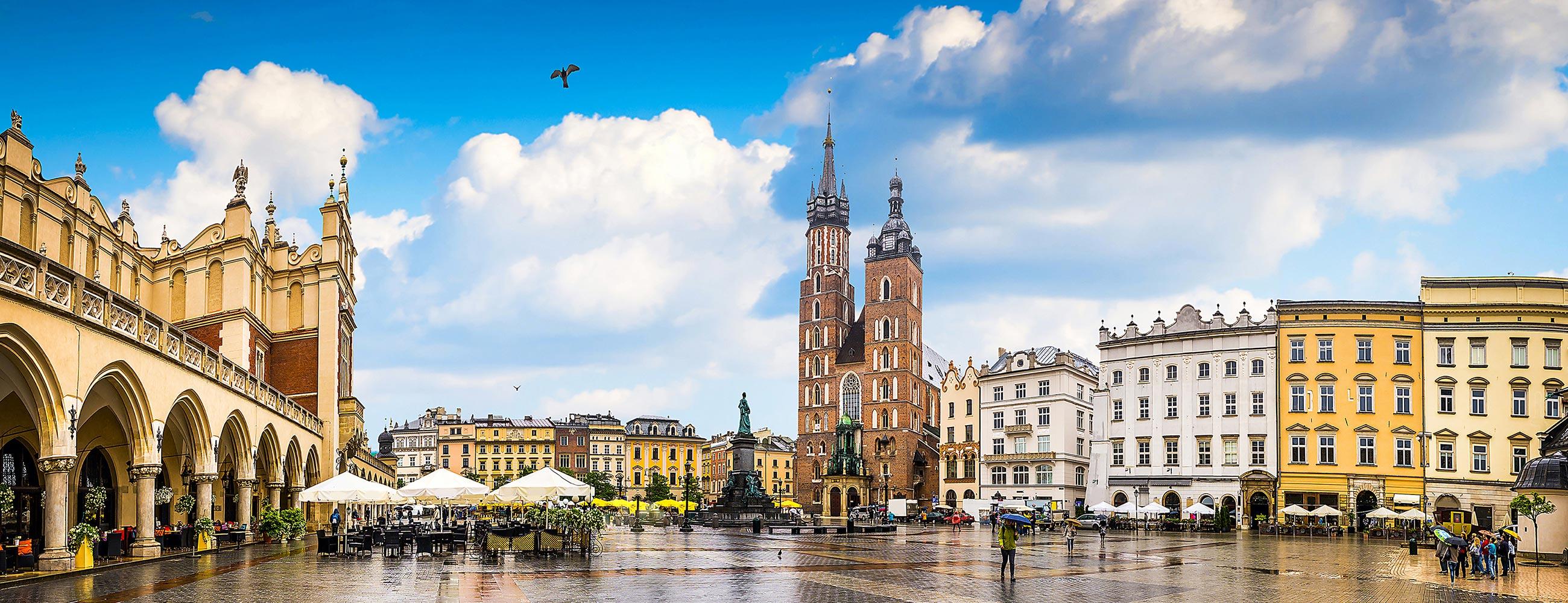 krakow-old-town-hero