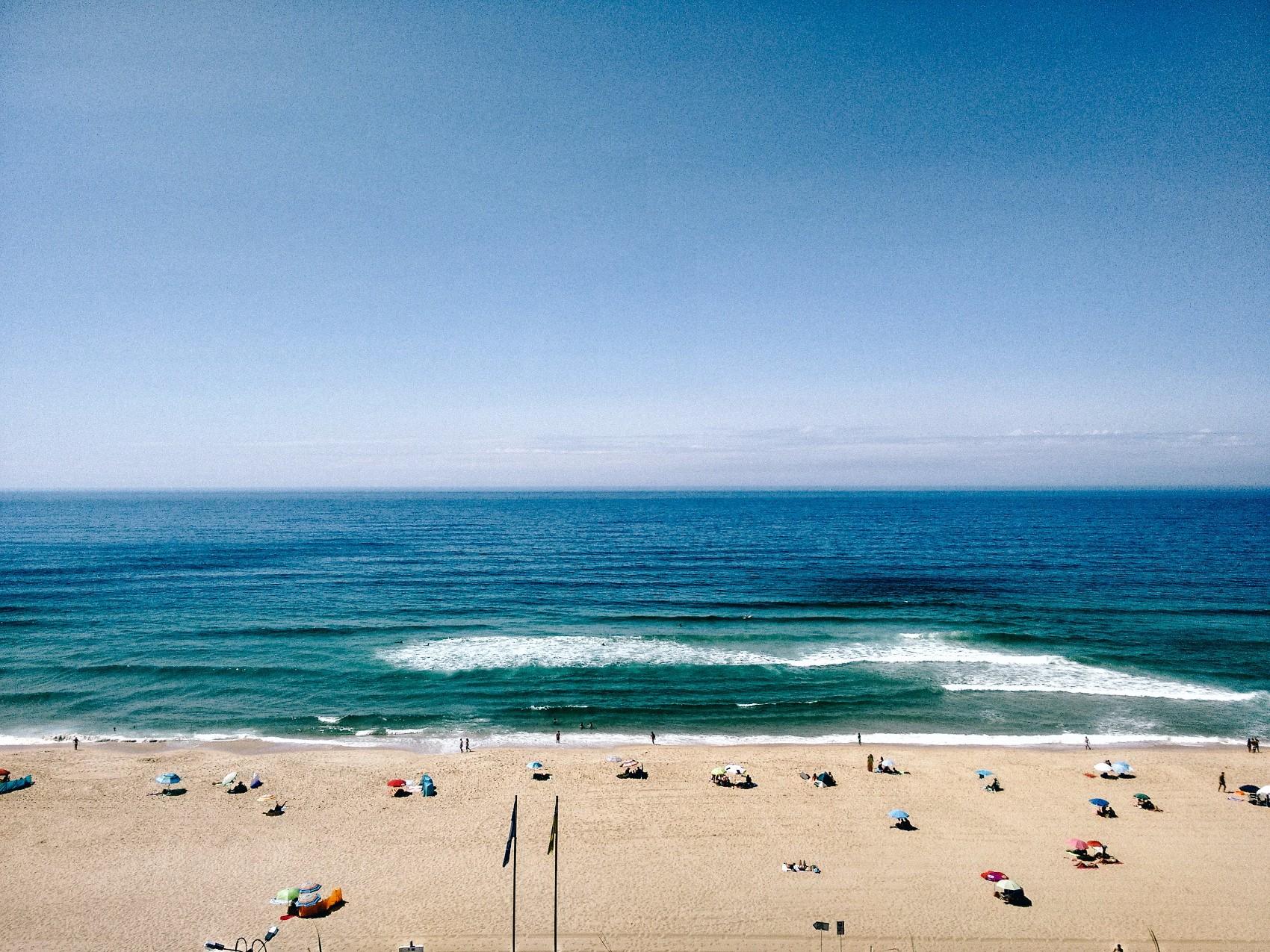 lisbon beaches day trip