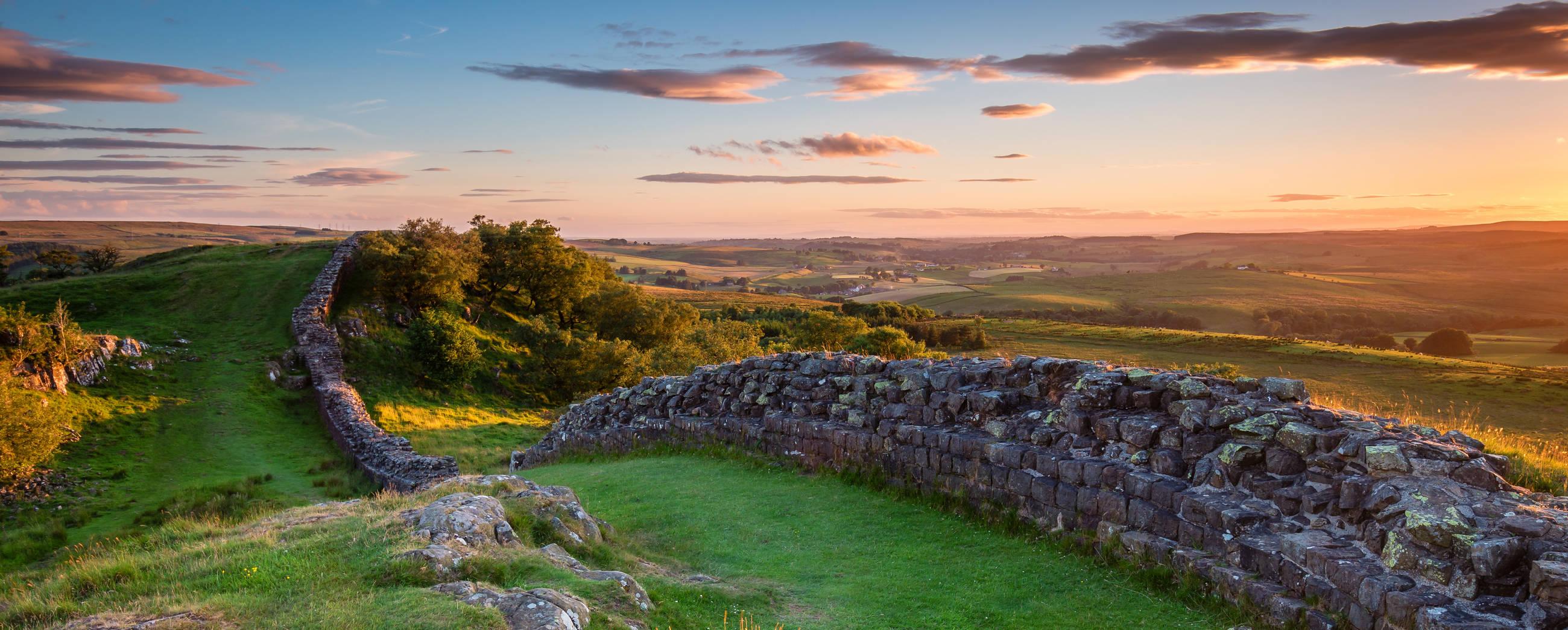 walking-hadrian's-wall