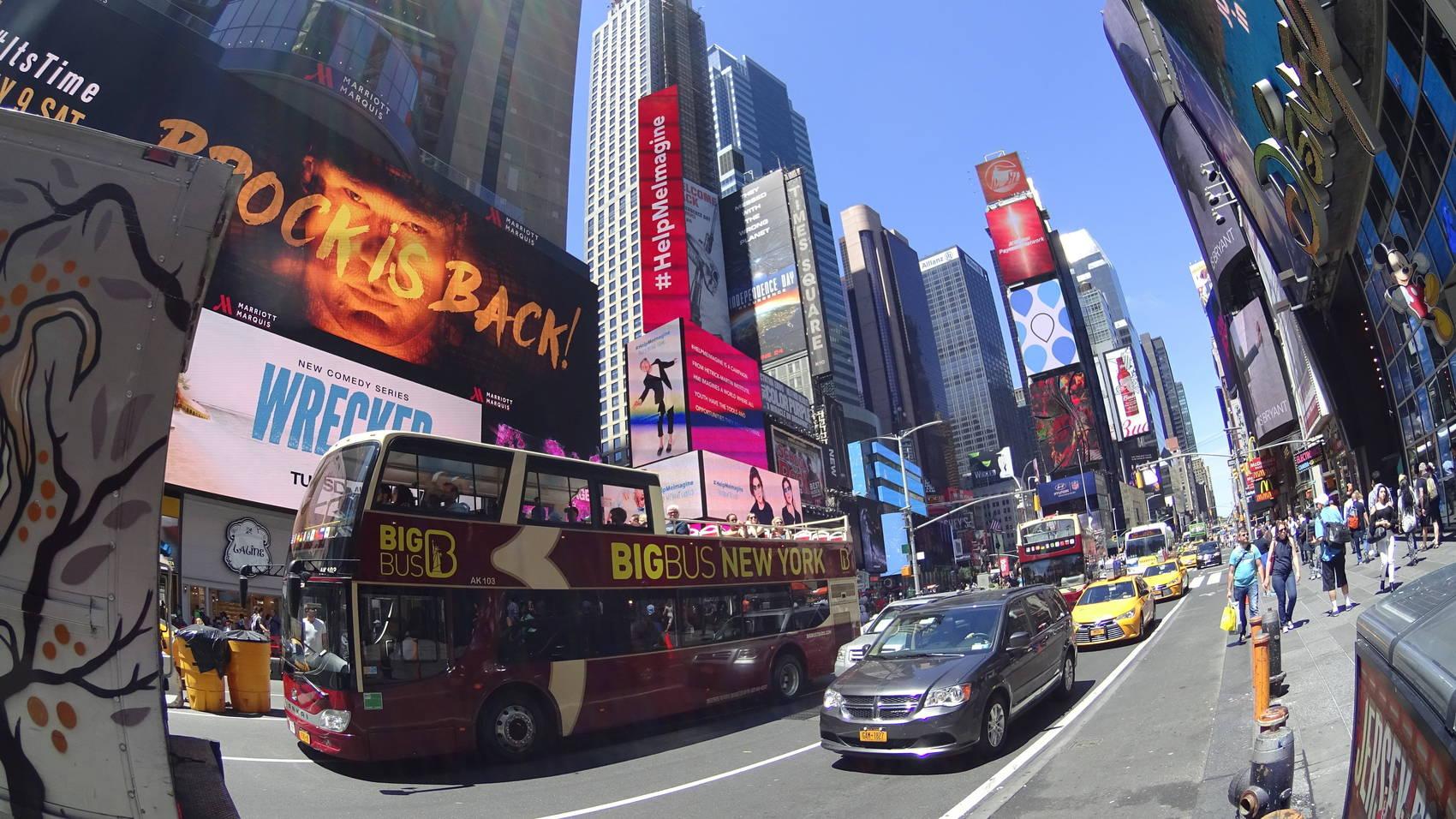 Hop-on-hop-off-New-York