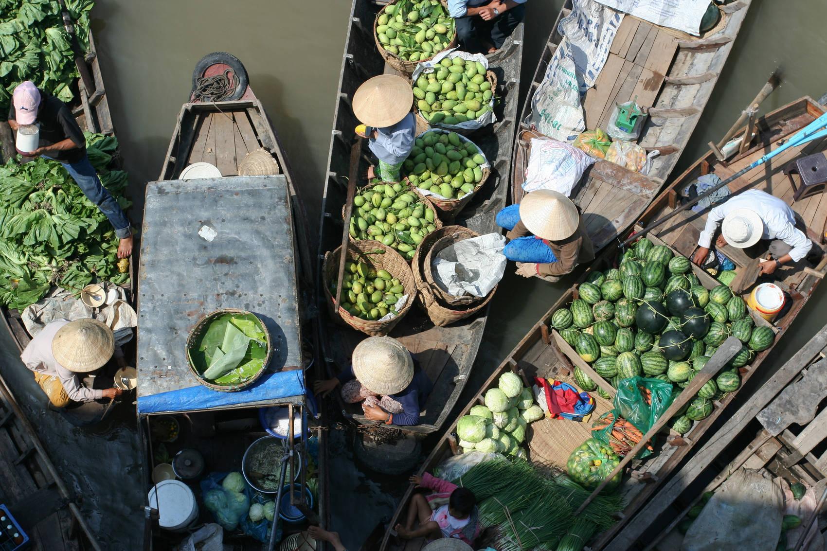 markets-Vietnam