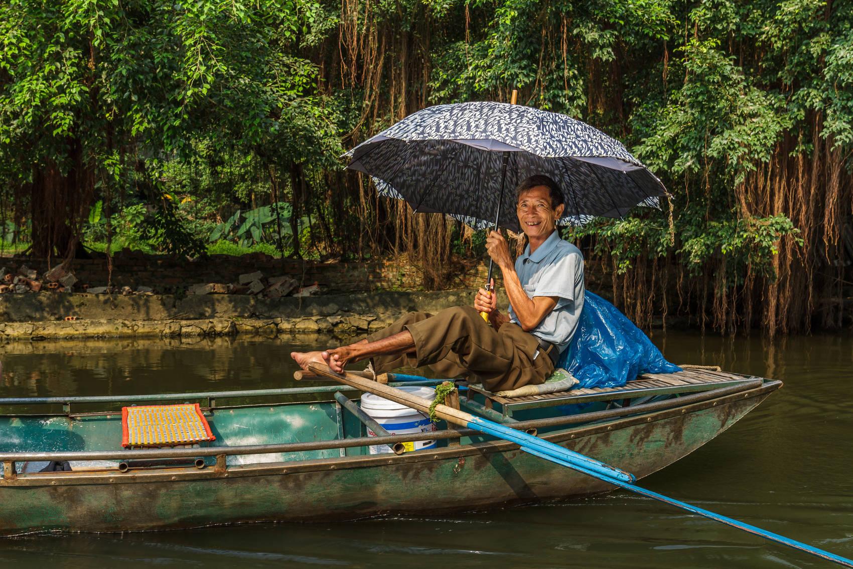 river-cruise-Vietnam