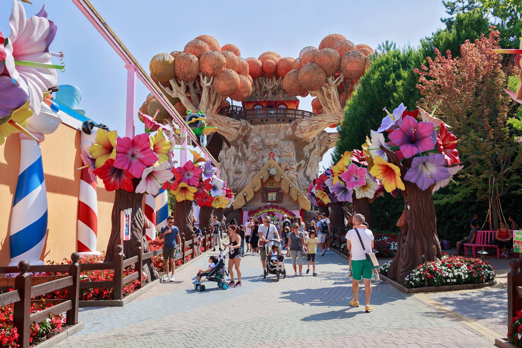 tree-italian-theme-parks