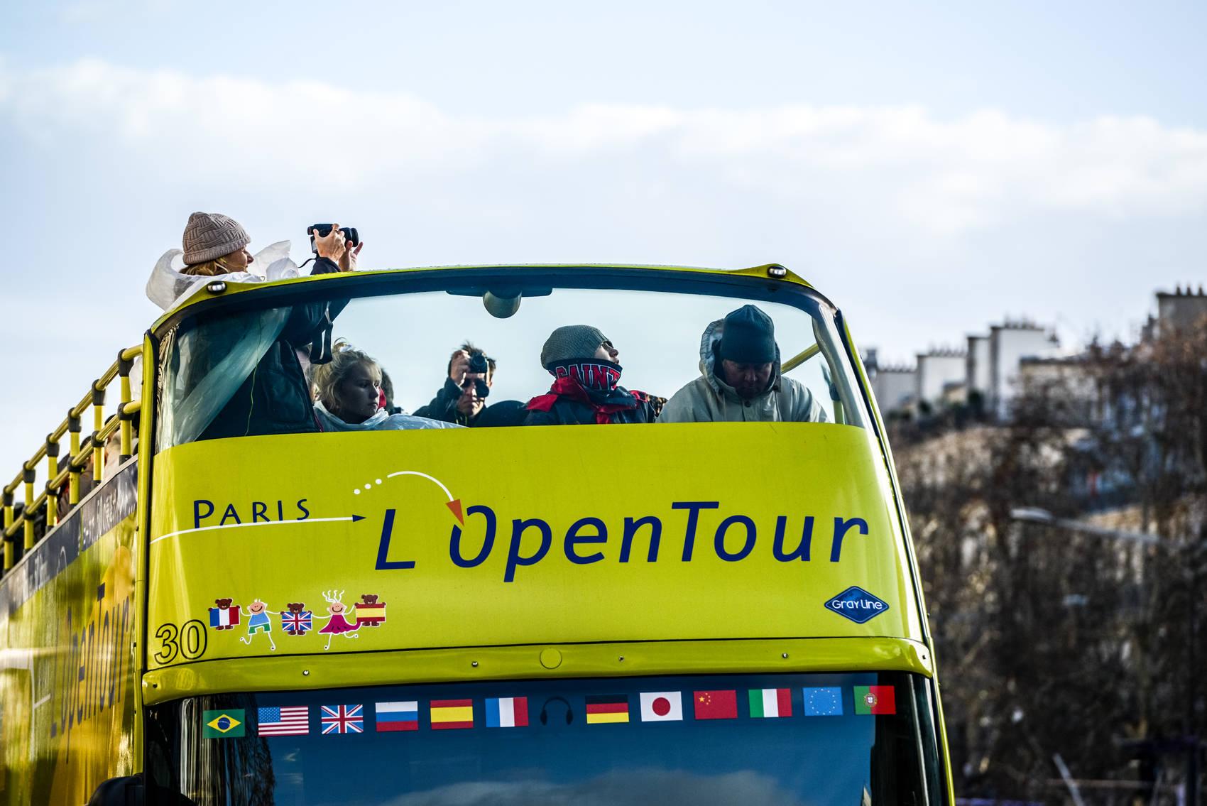 Autobus-Turistico-Paris