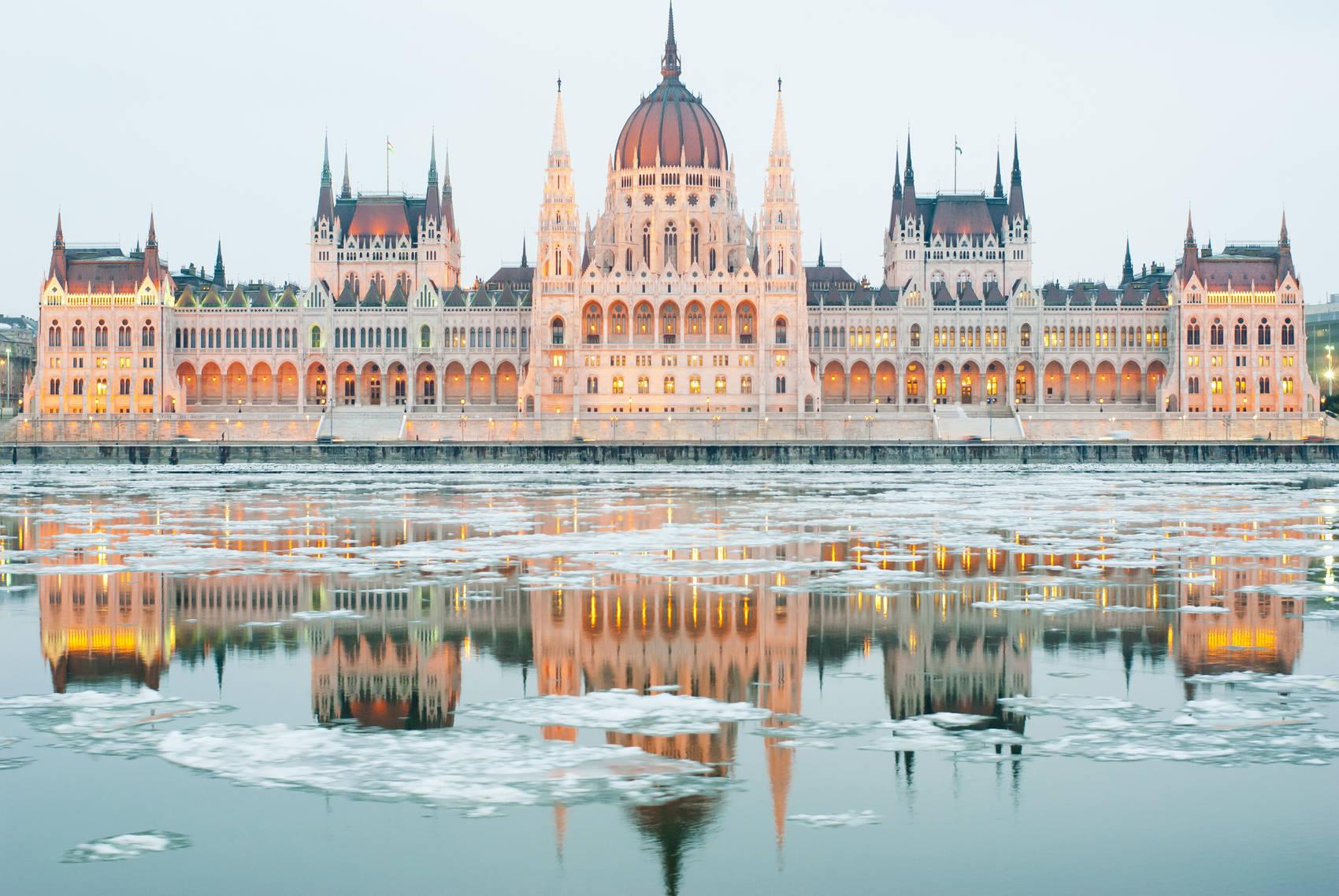 Budapest-winter-breaks