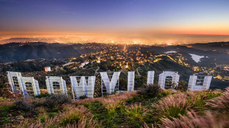 romantic-monuments-hollywood