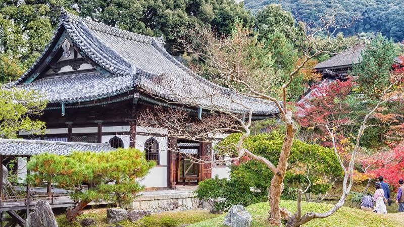 romantic-monuments-kodai-ji temple