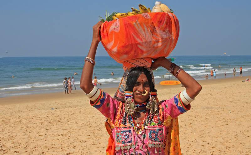 expat-guide-goa-beach-seller