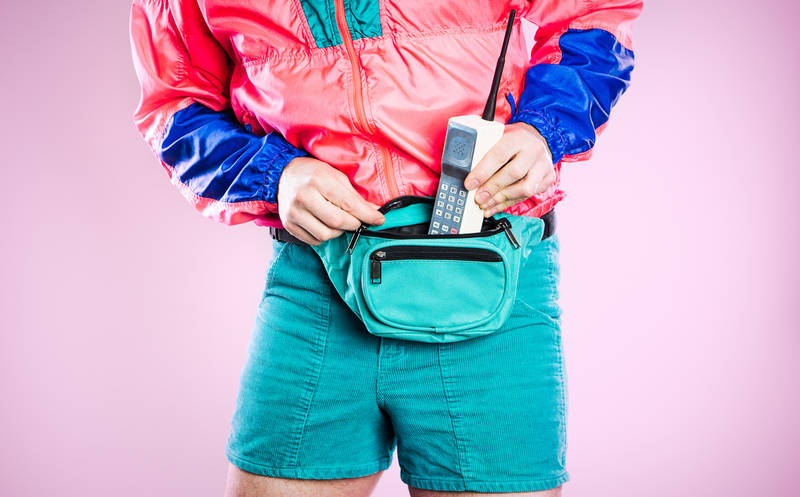 2018-travel-trends-fanny-pack