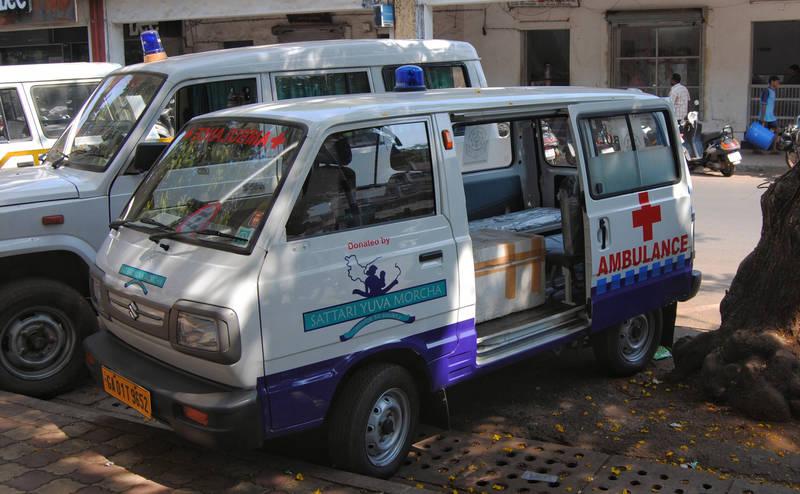 expat-guide-goa-ambulance