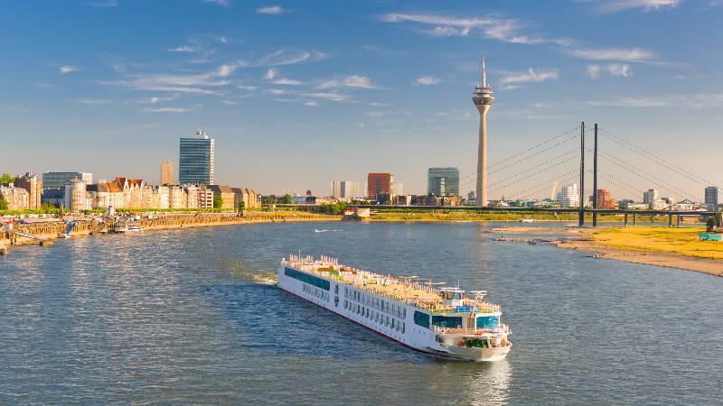 Dusseldorf-Rhine-Boat-Tours-&-Cruises