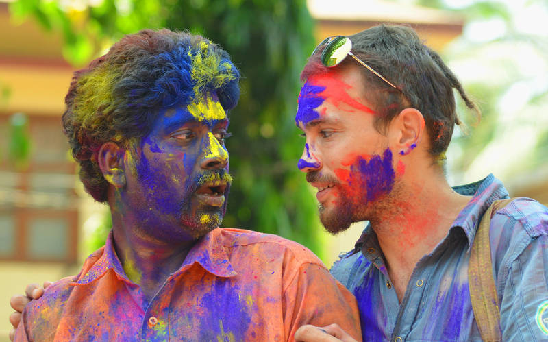 expat-guide-goa-friendship