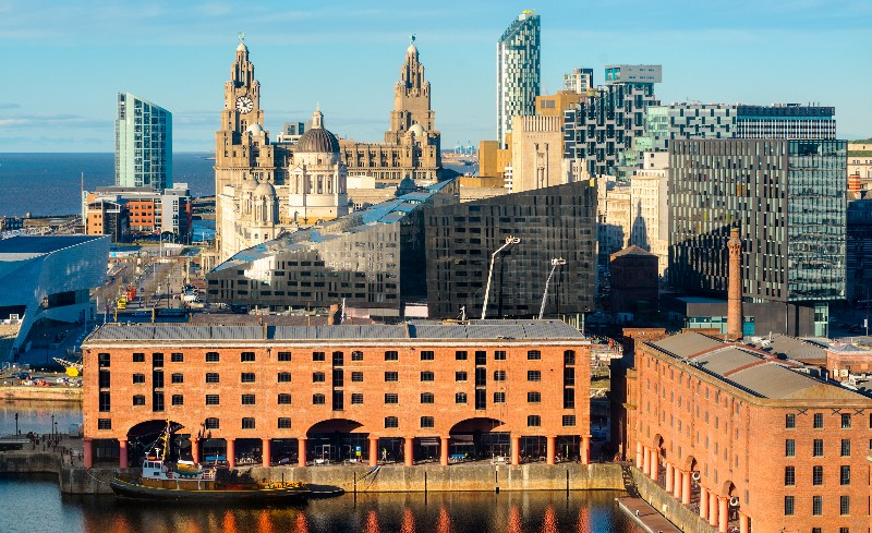 liverpool travel from london