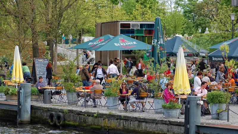 Berlin-on-a-Budget-beer-gardens