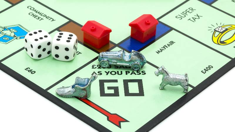 Royal-family-monopoly