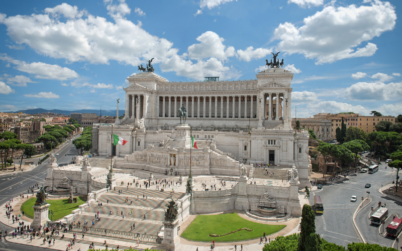 where-take-dad-father's-day-altar-fatherland-rome