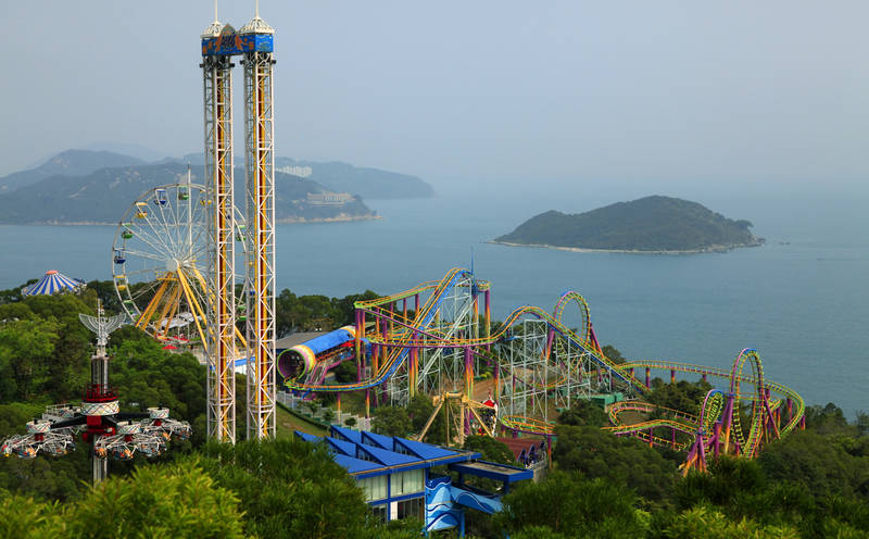 take-a-fantasy-tour-world's best theme parks-ocean-park