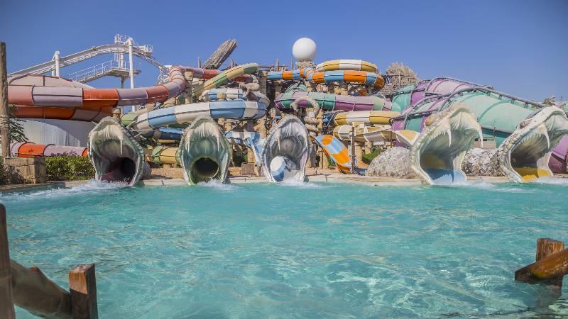 Waterparks-Dubai-YAS-Waterworld