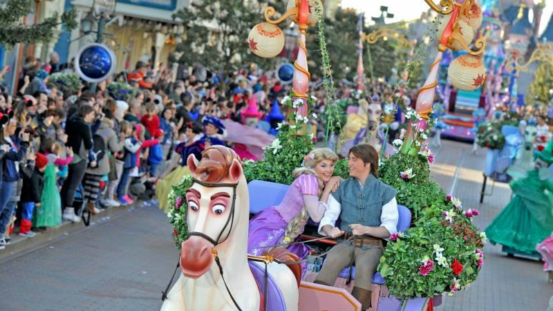 Paris-Disneyland-parades