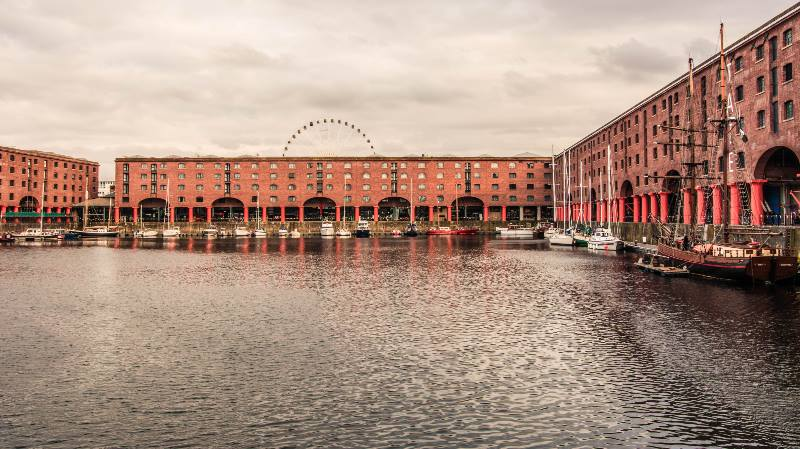 Liverpool albert-docks