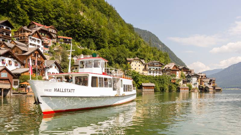Halstatt-boat-ride