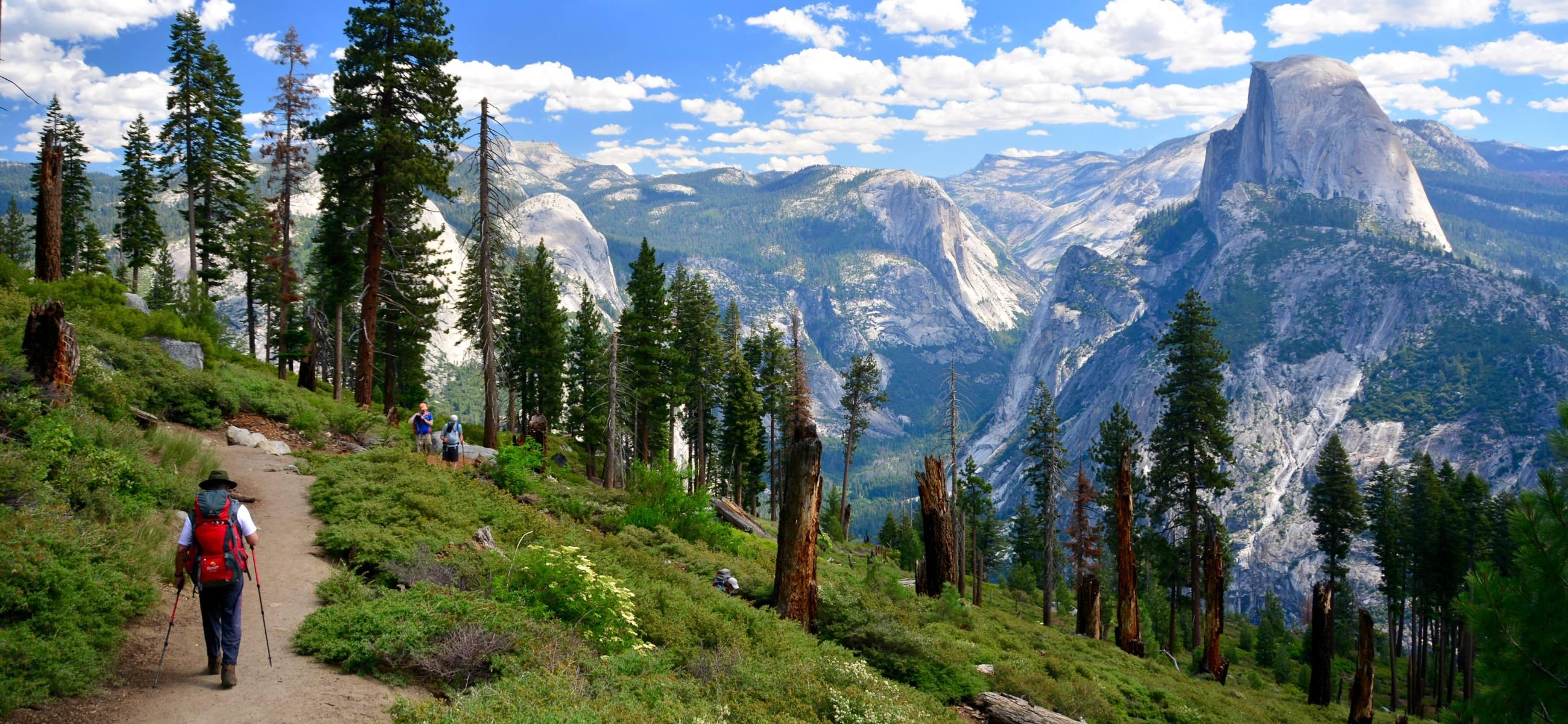 7-Bucket-List-Hikes-In-America