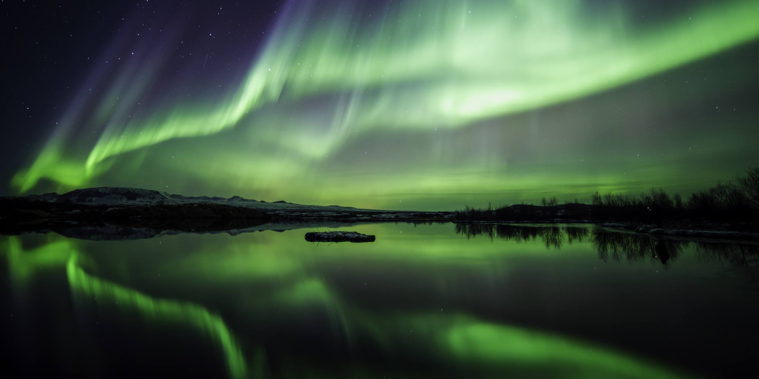 Why-You-Should-See-The-Northern-Lights-Iceland