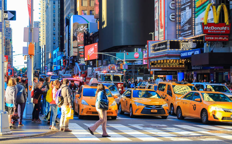 new york insider tips-live-like-local-taxi