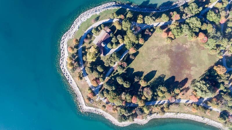 Chicago-WIndy-City-Lake-Michigan