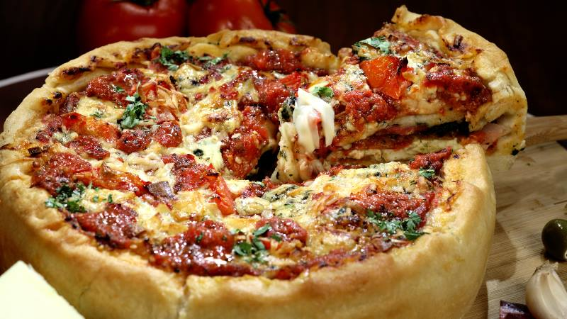 Chicago-Windy-City-deep-dish-pizza