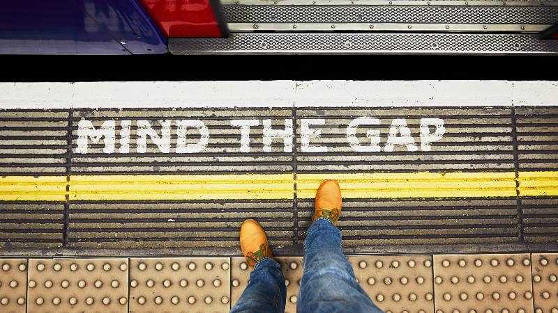 Underground-mind-the-gap