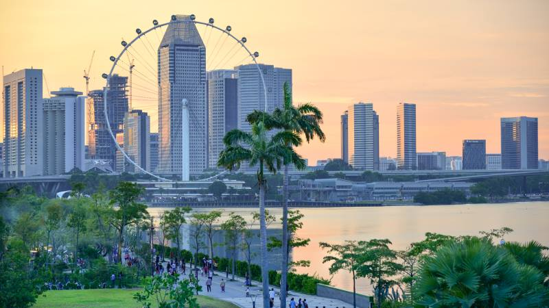 Garden-by-the-Bay-Singapore-flyer