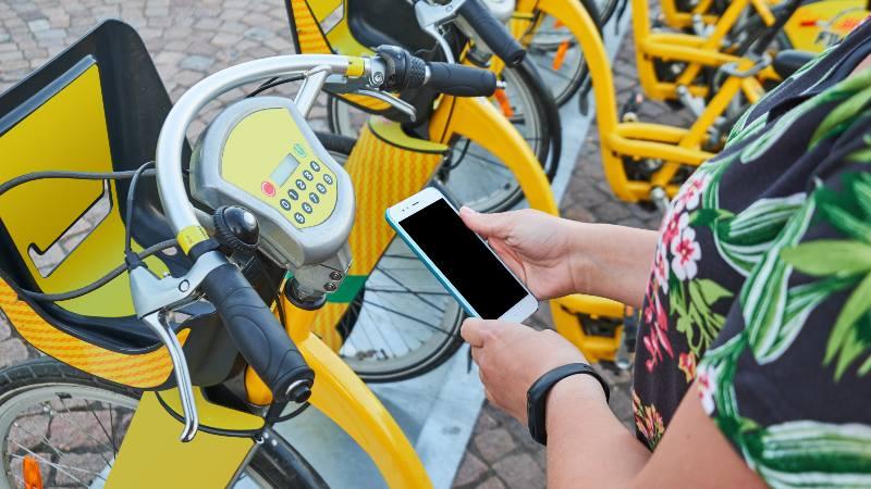 Helsinki-city-bikes