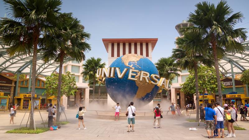Tinsel-Town-Theme-parks