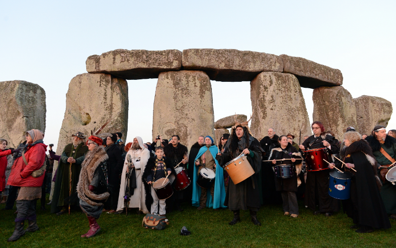 uncovering-best places to visit during the equinox-stonehenge
