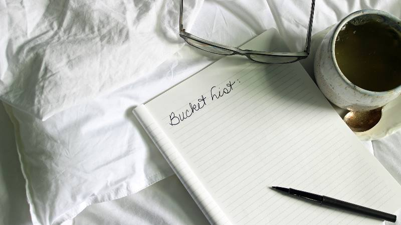 Bucket-list-planning