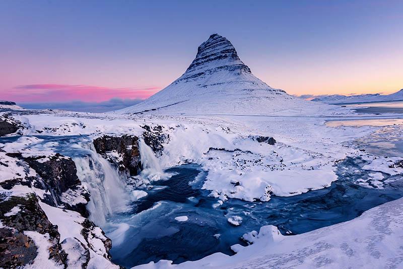 arrowhead-mountain-iceland