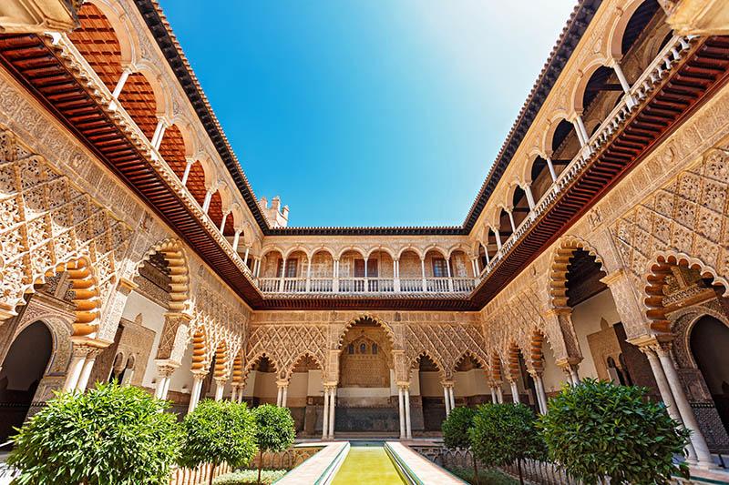 royal-palace-of-alcazar