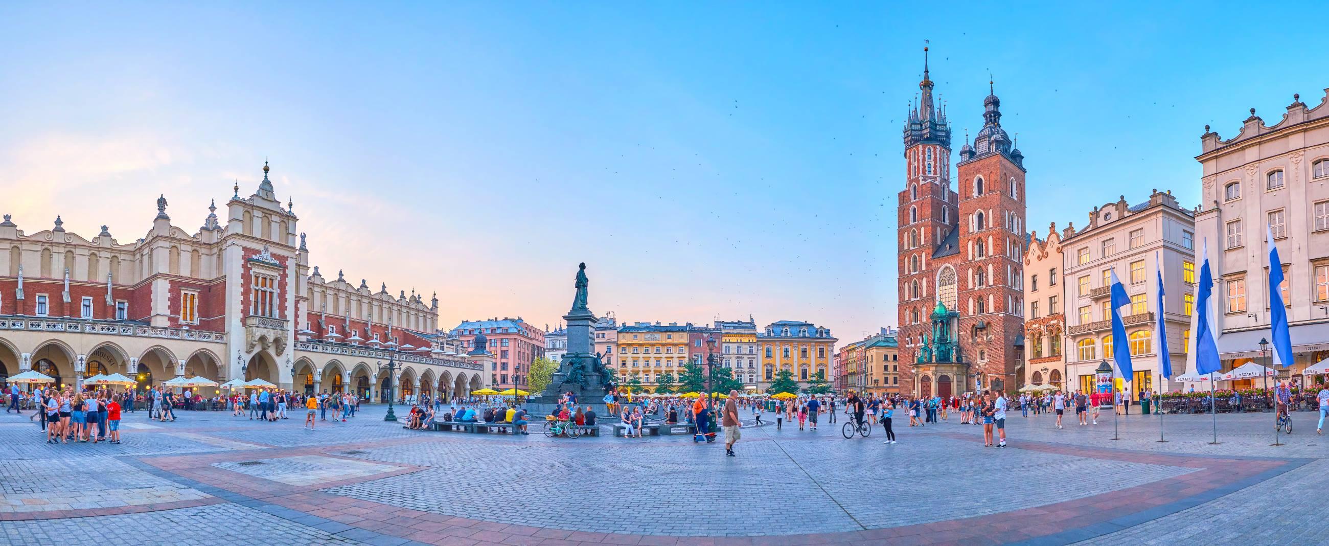 6-Unique-Restaurants-&-Bars-To-Visit-In-Kraków