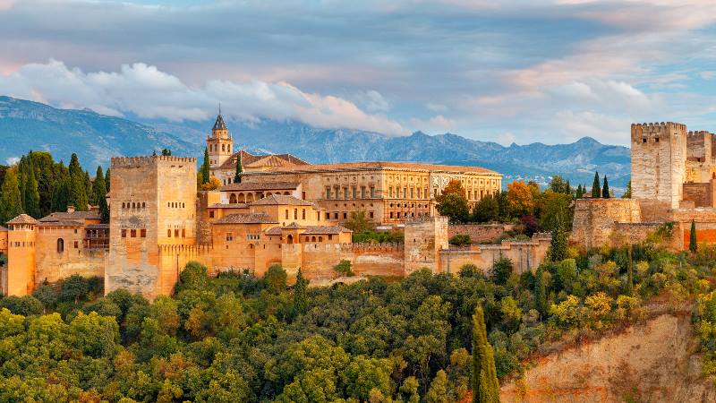Jenseits_Barcelona_Granada