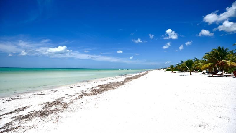 White-beaches-of-Holbox-near-Cancun