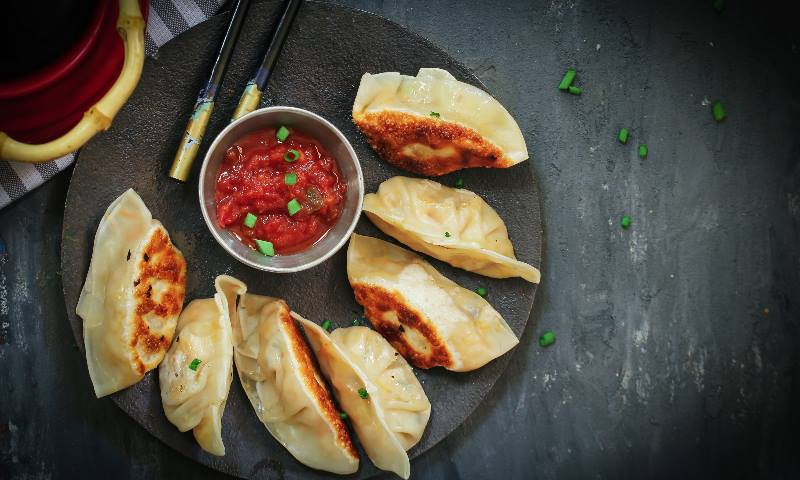 Plate-of-Kathmandu-food-dumplings