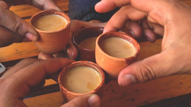 Small-clay-pots-of-tea-in-Kathmandu