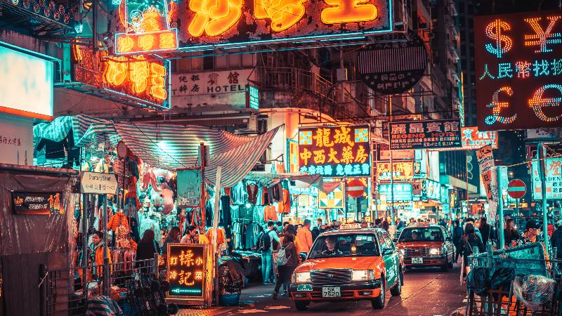 Language-stories-ordering-a-taxi-in-Hong-Kong